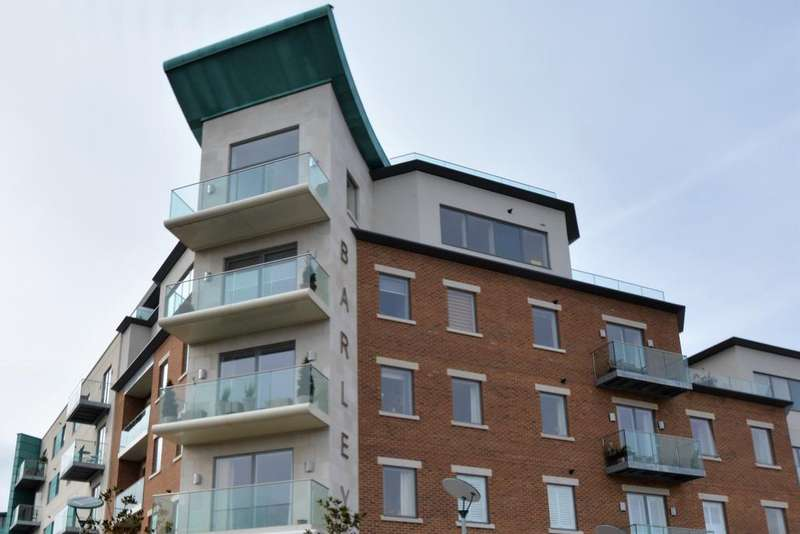 3 Bedrooms Penthouse Flat for sale in Barley Buildings, Brewery Square, Dorchester DT1