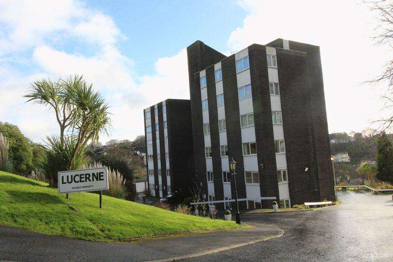 2 Bedrooms Flat for sale in Lower Warberry Road, Torquay