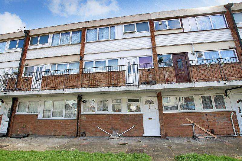 Studio Flat for sale in Green Place, Crayford