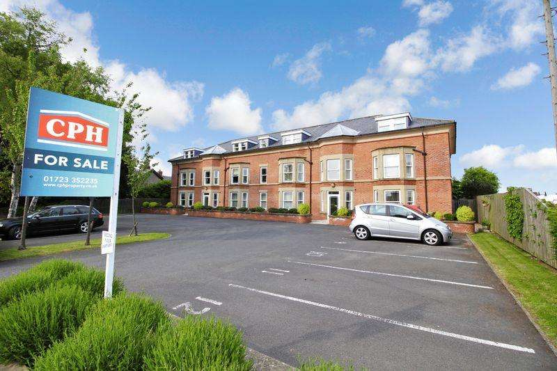 2 Bedrooms Ground Flat for sale in Scalby Road, Scarborough