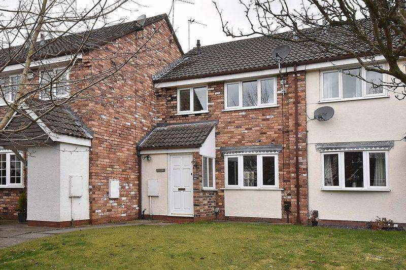 3 Bedrooms Mews House for sale in Pevensey Drive, Knutsford