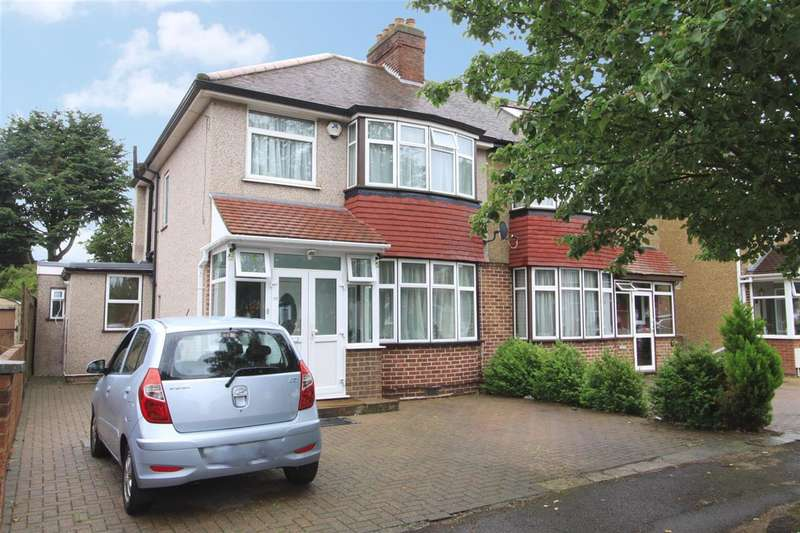 Property for sale in Stirling Road, Hayes