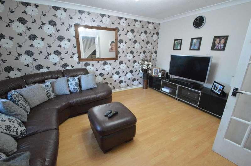 3 Bedrooms Semi Detached House for sale in Jay Gardens, Chapel Break