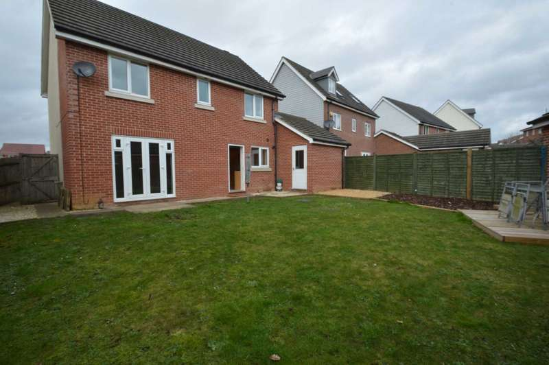 4 Bedrooms Detached House for sale in Coronach Close, Costessey