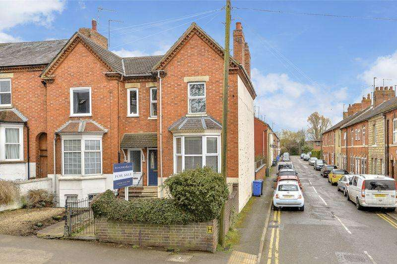 2 Bedrooms Terraced House for sale in Kettering Road, Rothwell, Kettering