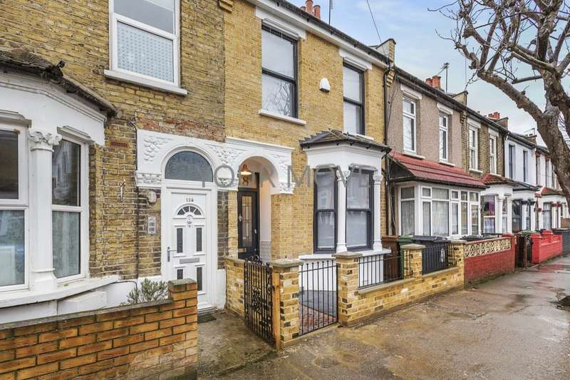 4 Bedrooms Property for sale in Lynmouth Road, Walthamstow, London, E17