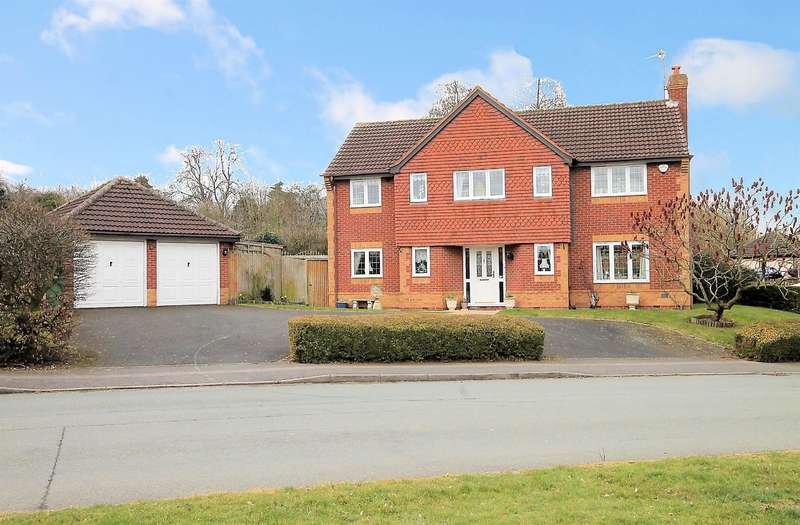 5 Bedrooms Detached House for sale in County Drive, Fazeley, Tamworth, B78 3XF