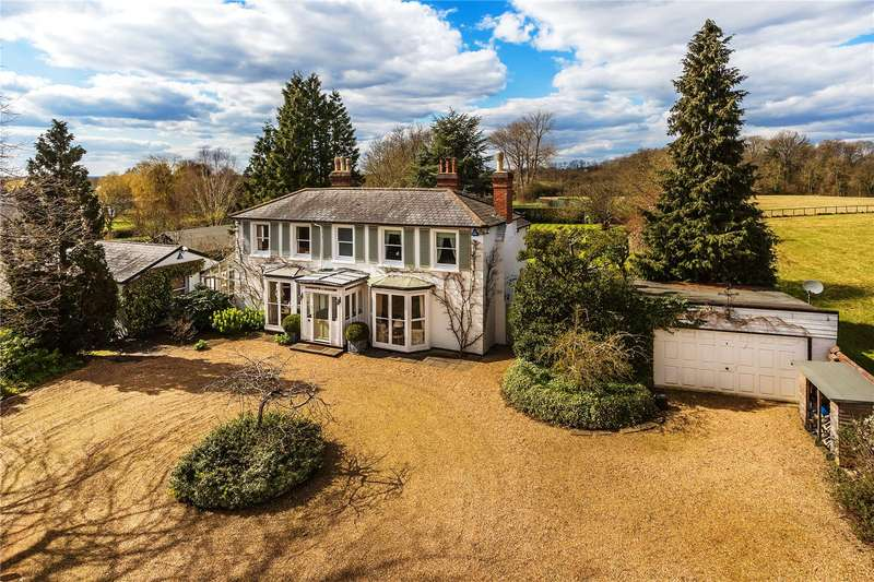 5 Bedrooms Detached House for sale in New House Lane, Salfords, Surrey, RH1