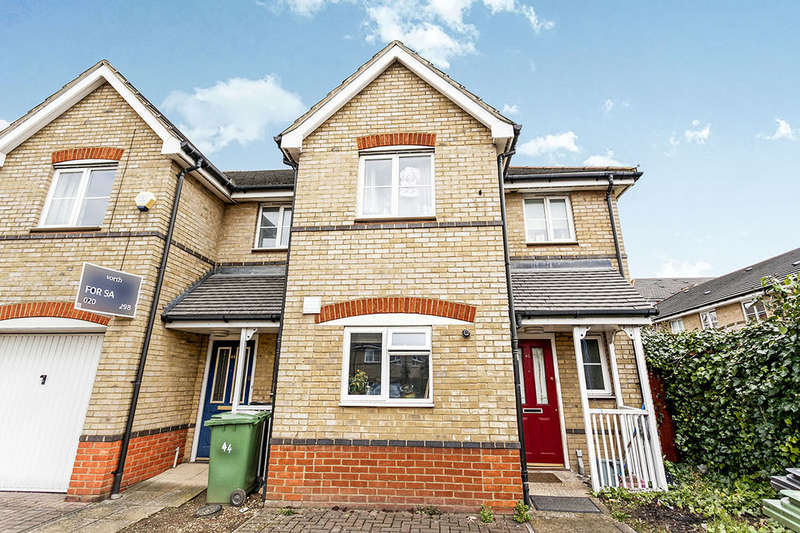3 Bedrooms Semi Detached House for sale in Joseph Hardcastle Close, London, SE14