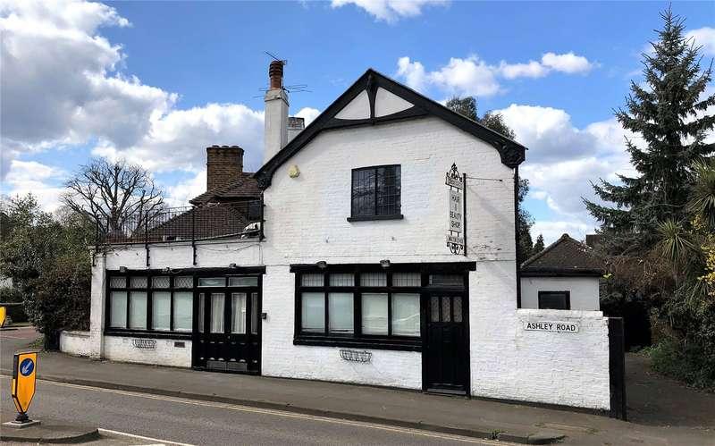 5 Bedrooms Detached House for sale in Ashley Road, Walton-On-Thames, Surrey, KT12