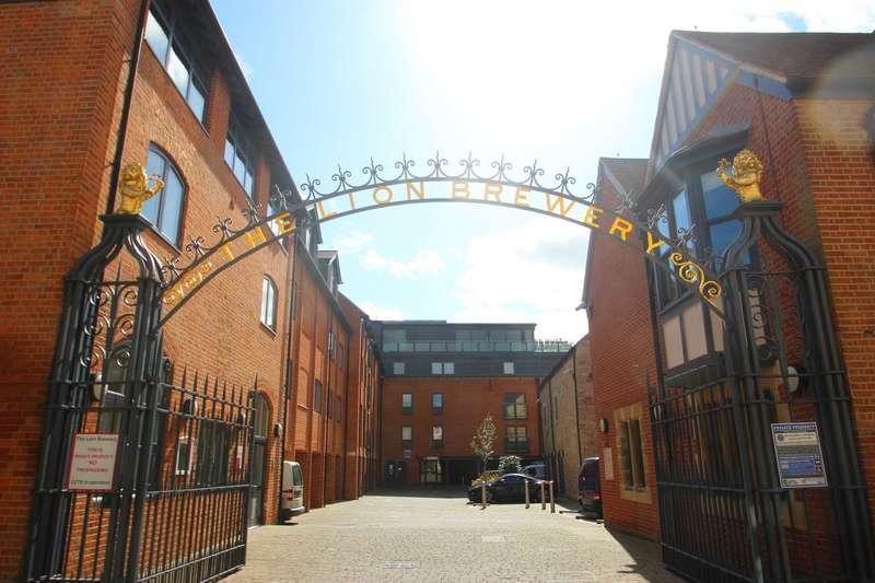 4 Bedrooms Penthouse Flat for sale in The Lion Brewery, Oxford