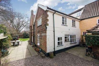 1 Bedroom Maisonette Flat for sale in Norwich, Norfolk, .