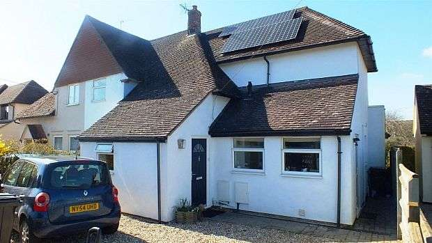 4 Bedrooms Semi Detached House for sale in Panters Road, Cholsey, WALLINGFORD, WALLINGFORD, Oxfordshire, OX10 9NY