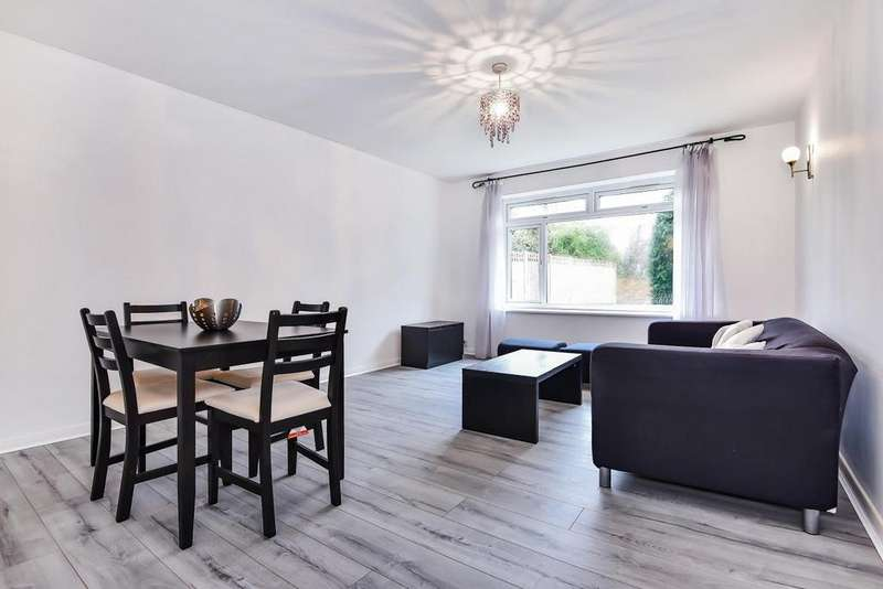 1 Bedroom Flat for sale in Graham Road, Wimbledon