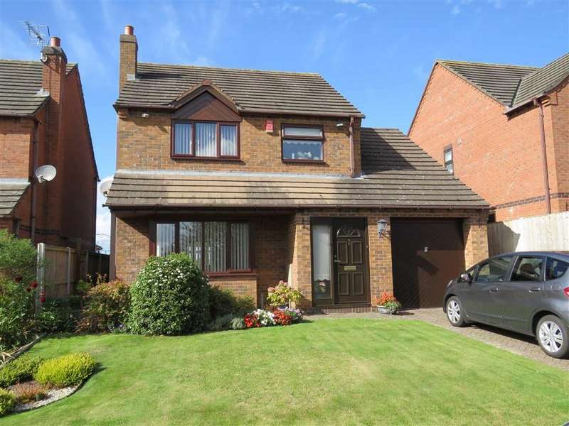 3 Bedrooms Detached House for sale in The Hawthorns, Ellesmere, SY12