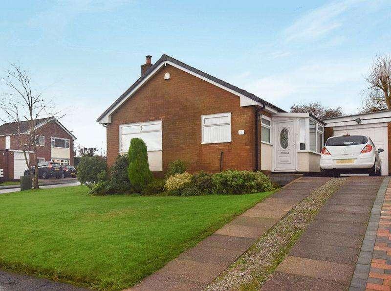 3 Bedrooms Detached Bungalow for sale in Kinross Drive, Ladybridge, Bolton, BL3. 3 DOUBLE BEDROOMS, CONSERVATORY, CORNER PLOT