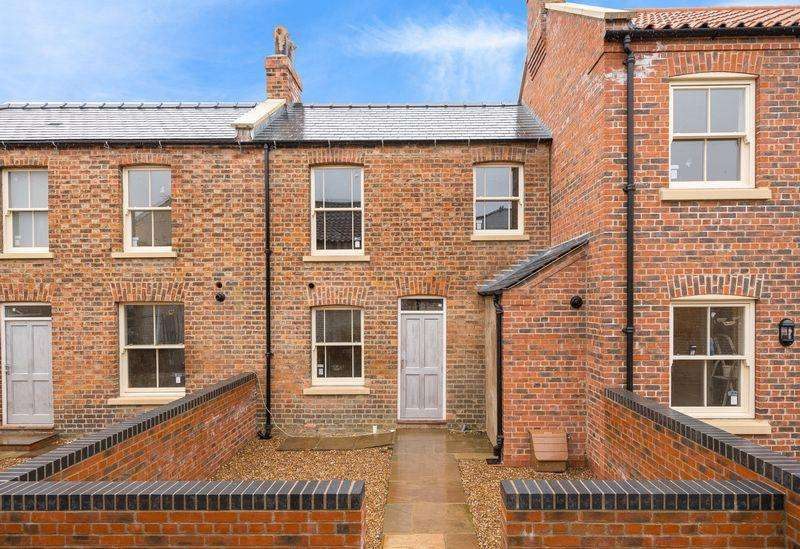 1 Bedroom Terraced House for sale in Steadman's Court, East Street, Horncastle