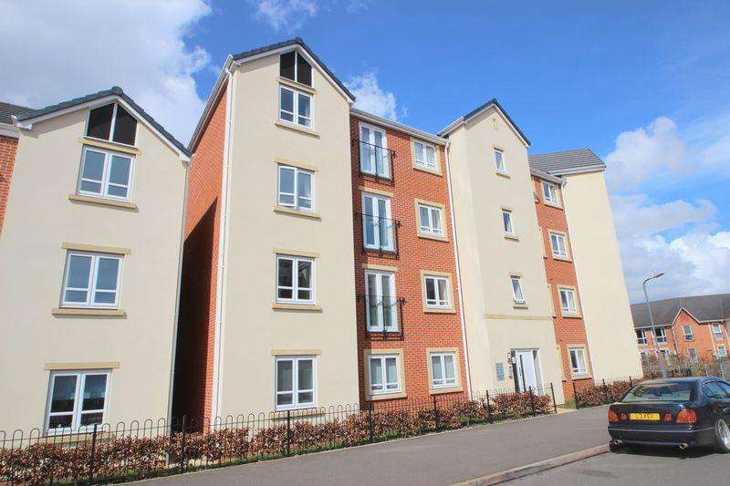 2 Bedrooms Apartment Flat for sale in Hamlet Way, Stratford upon Avon