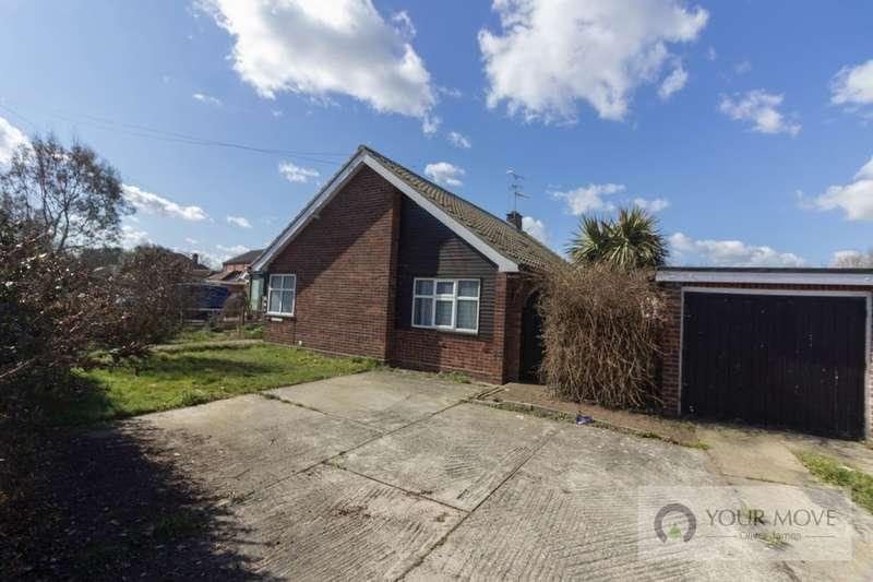 3 Bedrooms Detached Bungalow for sale in The Street, Corton, Lowestoft, NR32