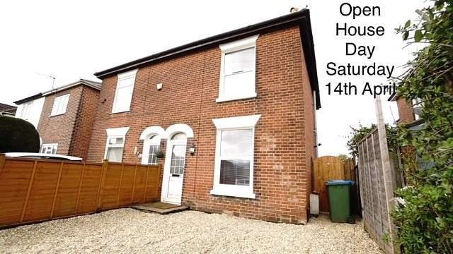 3 Bedrooms Semi Detached House for sale in Shirley Park Road, Southampton, SO16