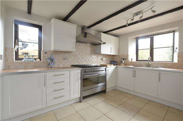 4 Bedrooms Detached House for sale in 41 Sherbourne Road, WITNEY, Oxfordshire, OX28 5FQ