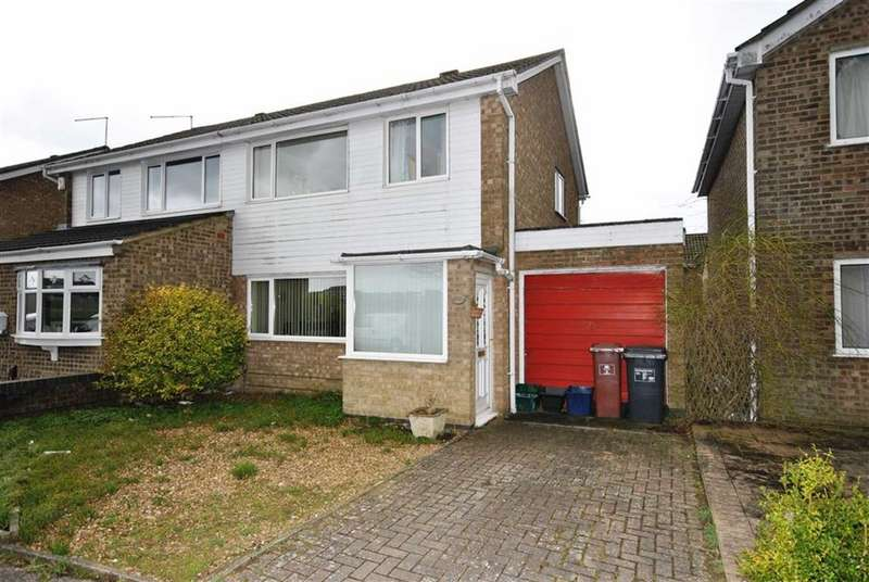 3 Bedrooms Semi Detached House for sale in Kingsthorpe