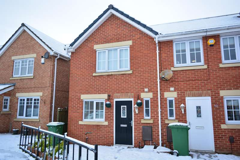 2 Bedrooms Mews House for sale in Wensleydale Gardens, Thornaby, Stockon-On-Tees, TS17 9BP