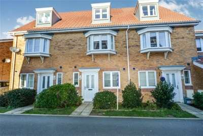 4 Bedrooms House for rent in Brickfield Close, Newport