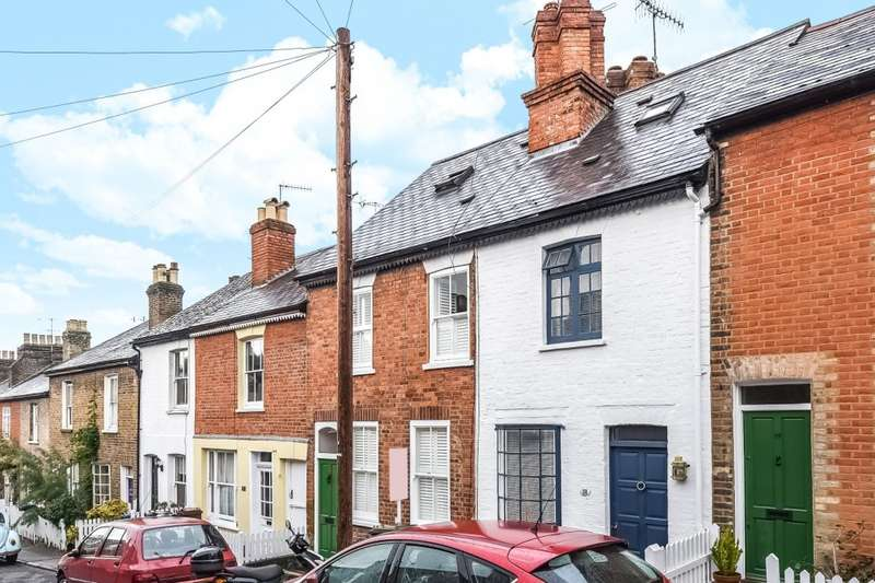 2 Bedrooms Terraced House for sale in Nelson Road, Harrow on the Hill, HA1