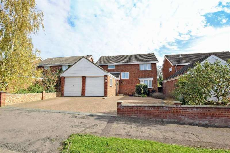 5 Bedrooms Detached House for sale in Calder Rise, Bedford