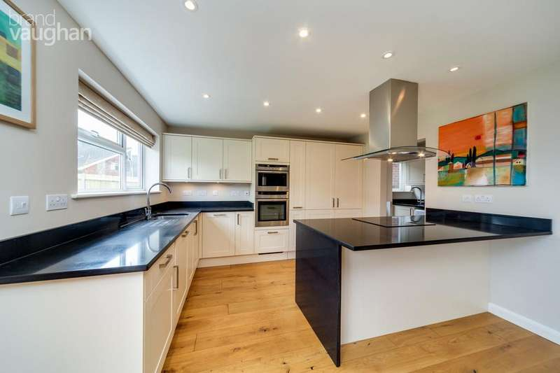 4 Bedrooms Semi Detached House for rent in Hazeldene Meads, Brighton, BN1