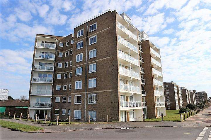 2 Bedrooms Ground Flat for sale in West Parade, Bexhill On Sea TN39