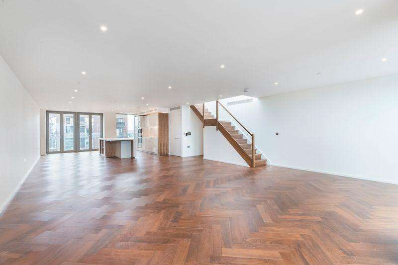 3 Bedrooms Apartment Flat for sale in Capital Building, Embassy Gardens, Nine Elms