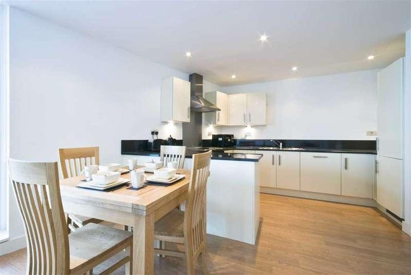 4 Bedrooms Semi Detached House for sale in Swindon, Swindon