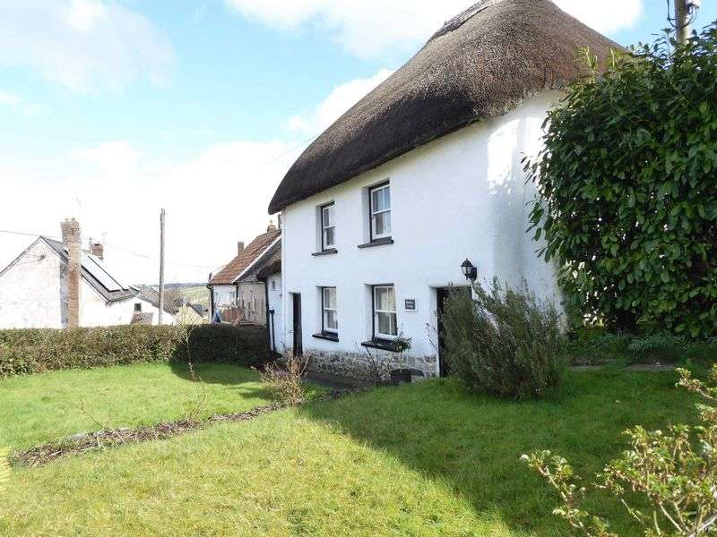 3 Bedrooms Property for sale in Crockernwell, Devon