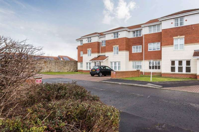 2 Bedrooms Flat for sale in Somers Park, Tranent, East Lothian, EH33 2AF