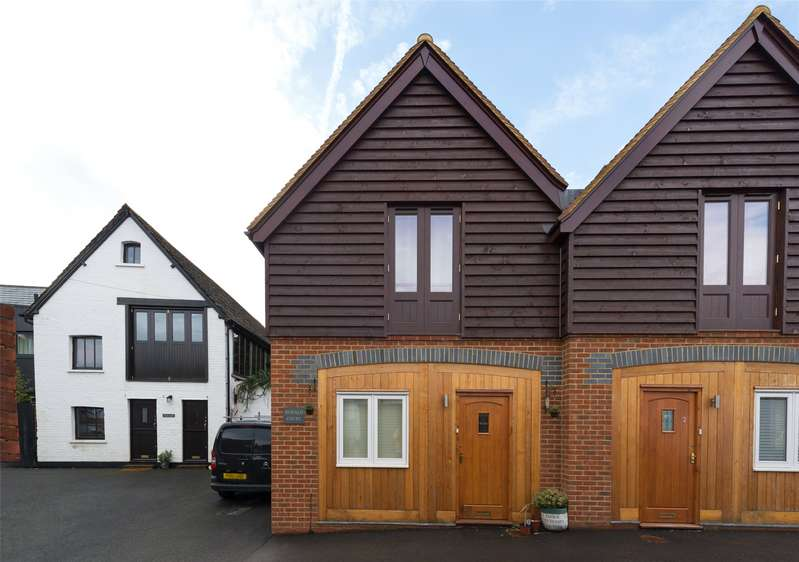 1 Bedroom Terraced House for sale in Ronald Court, West Street, Dorking, Surrey, RH4