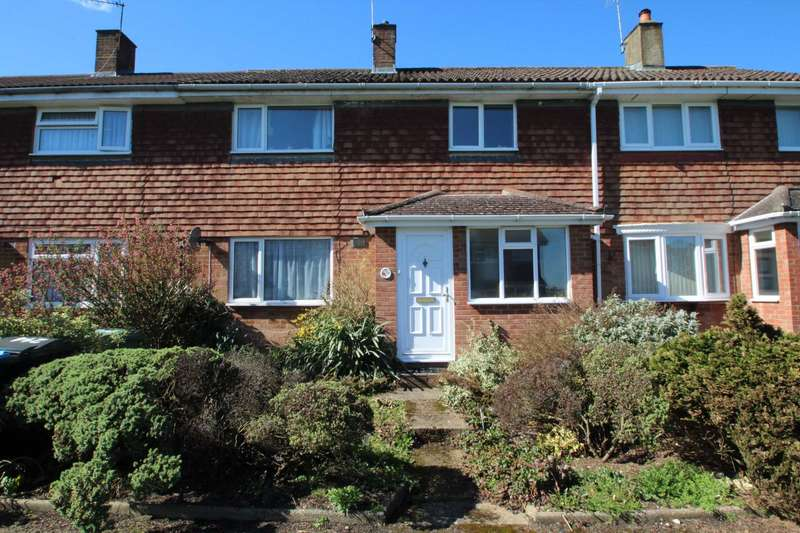 3 Bedrooms Terraced House for sale in 3 DOUBLE BED TERRACE in HP1 with NO CHAIN!