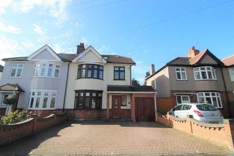 5 Bedrooms Semi Detached House for sale in Osborne Road, HORNCHURCH RM11