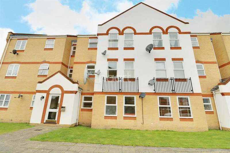 1 Bedroom Flat for sale in Angelica Drive, Beckton