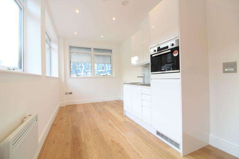1 Bedroom Flat for sale in Brand new one bedroom in Luton town centre, MUST VIEW!