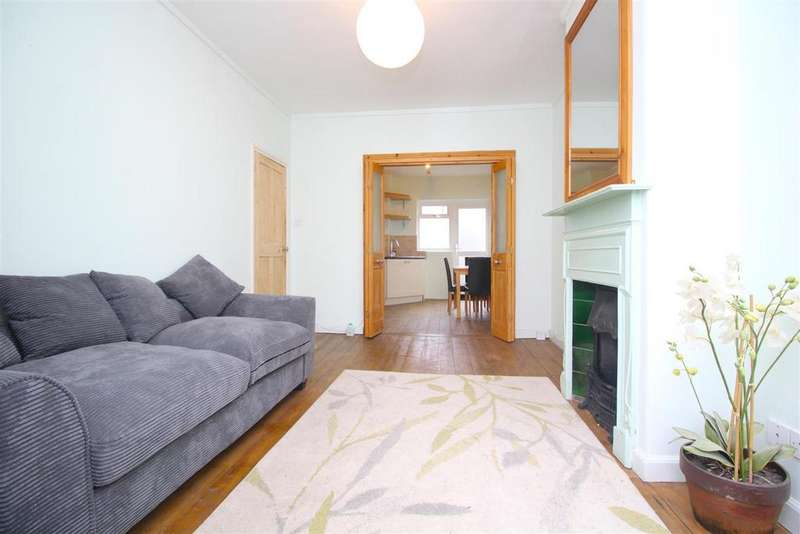 3 Bedrooms Semi Detached House for sale in Tower Gardens Road, London