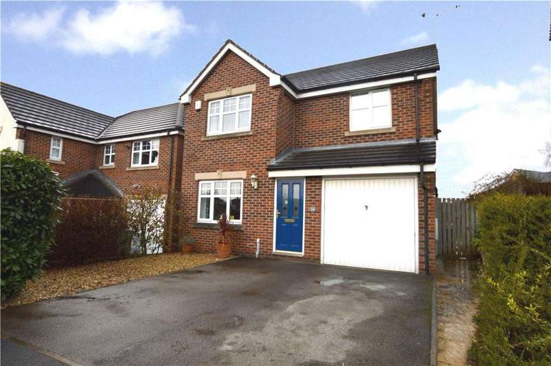 4 Bedrooms Detached House for sale in Longbow Avenue, Methley, Leeds, West Yorkshire