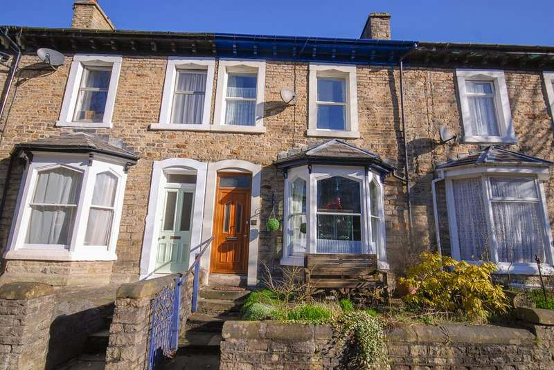 4 Bedrooms Terraced House for sale in West Road, Buxton