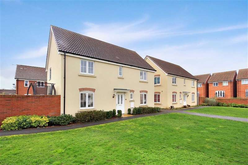 4 Bedrooms Detached House for sale in Blain Place, Royal Wootton Bassett, Swindon Wilts