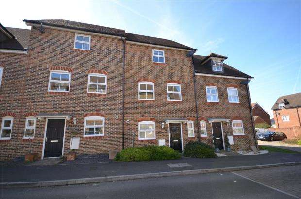 4 Bedrooms Terraced House for sale in Capercaillie Close, Bracknell, Berkshire