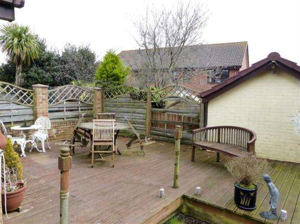 3 Bedrooms Property for sale in Dahlia Close, Weymouth, Dorset