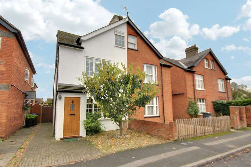 4 Bedrooms Semi Detached House for sale in Abbey Road, Chertsey, Surrey, KT16
