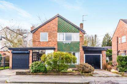 4 Bedrooms Detached House for sale in Catherine Road, Manchester, Greater Manchester, M8