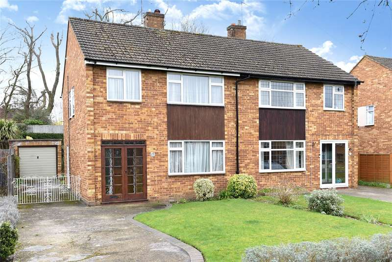 3 Bedrooms Semi Detached House for sale in St. Peters Close, Mill End, Rickmansworth, Hertfordshire, WD3